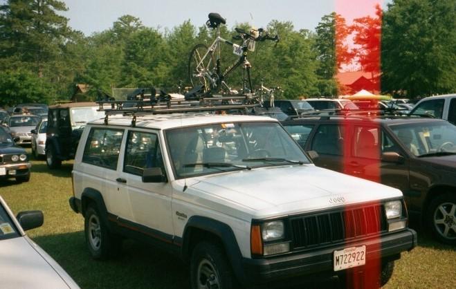 tri_jeep_02.jpg